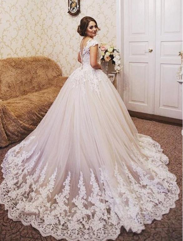 Trouwjurk Modellen.De Perfecte Bruidsjurk Voor Jouw Figuur