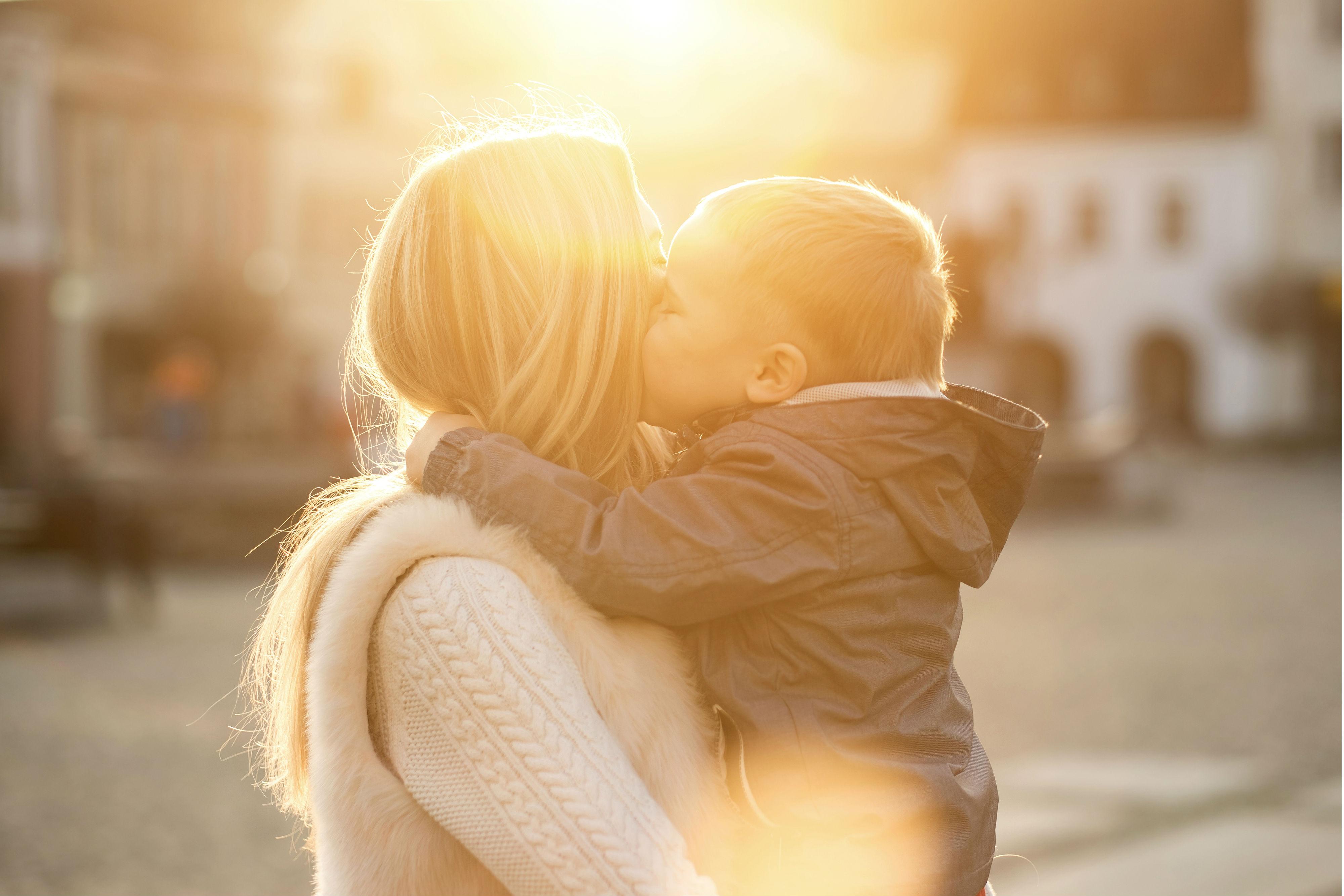 Фото мамы и дочки без лица, Мамы и дочки (19 фото) 1 фотография