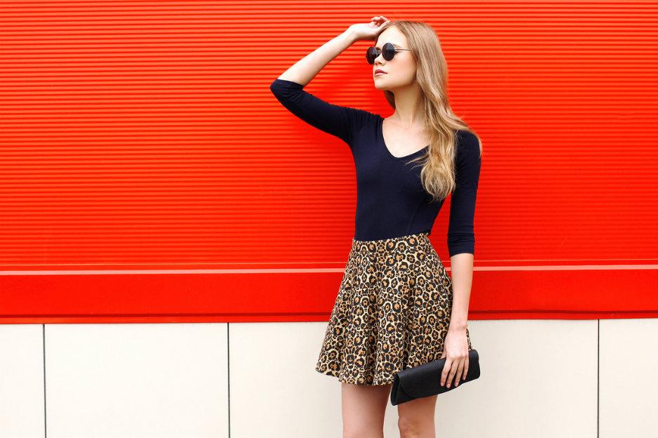 Dit zijn de leukste webshops met kleding voor lange vrouwen