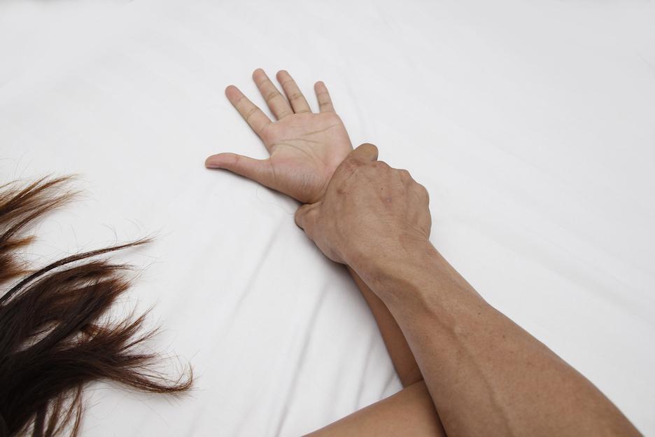 tieners worden gedwongen om seks te hebben