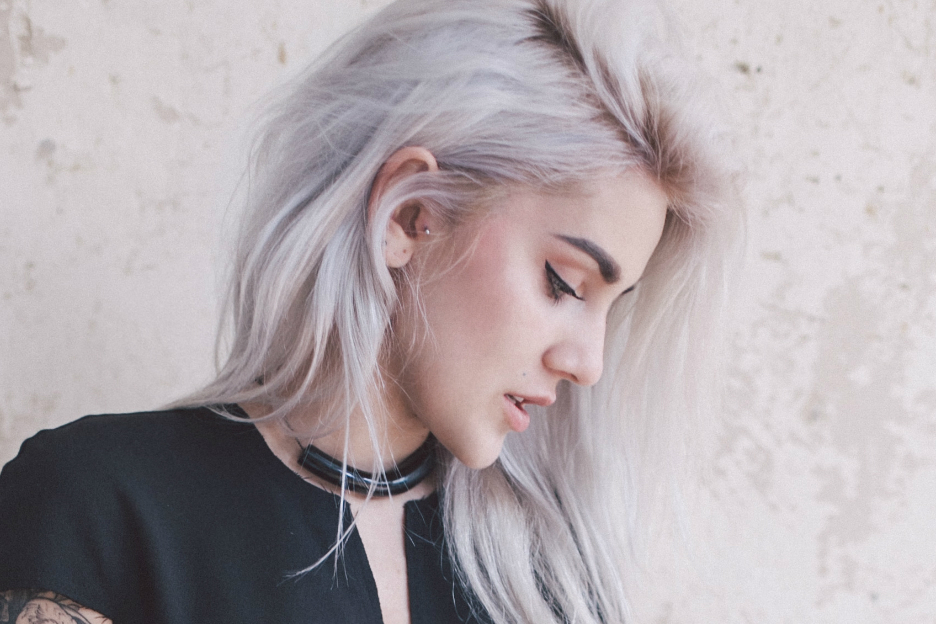 Top De mooiste kapsels voor grijs haar #QX35