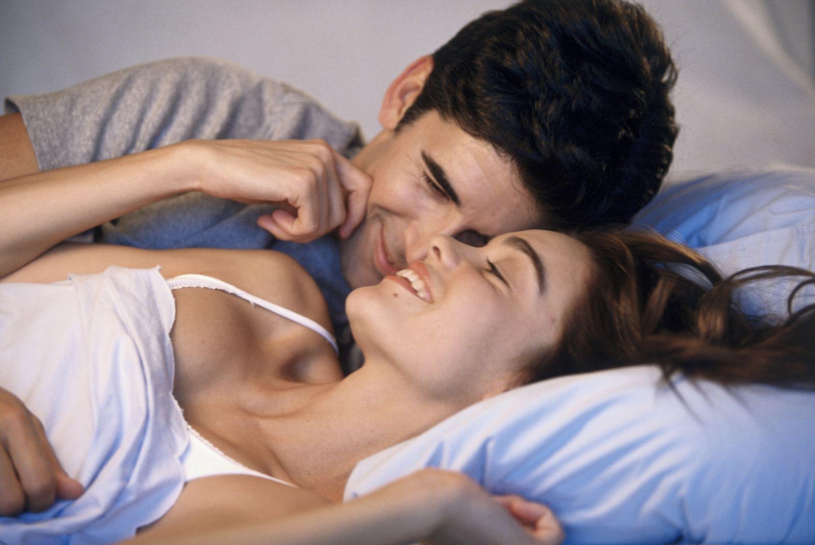 slapen samen niet dating Dating n Ierland